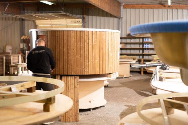 Holzklusiv Produktion der Hot Tubs in Gummersbach